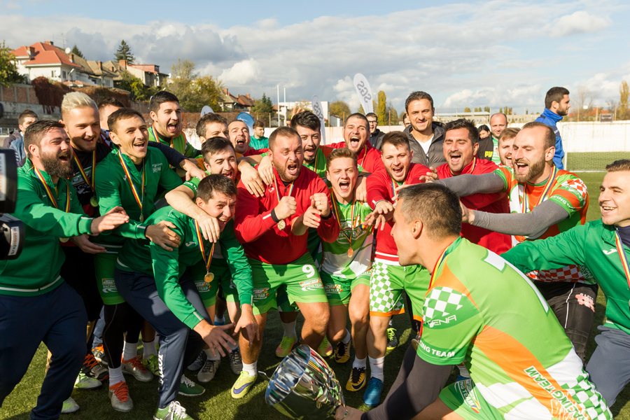Catena Racing Team, campioana la fotbal corporatist