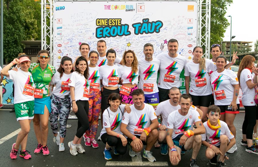 Catena Racing Team la The Color Run Sunset - Mamaiaaaa
