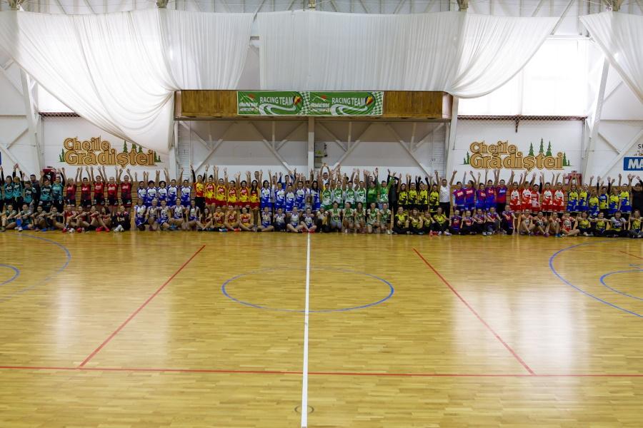 Campionatul de handbal feminin PRINDE ARIPI, Catena Racing Team, editia a VII-a – CHEILE GRADISTEI