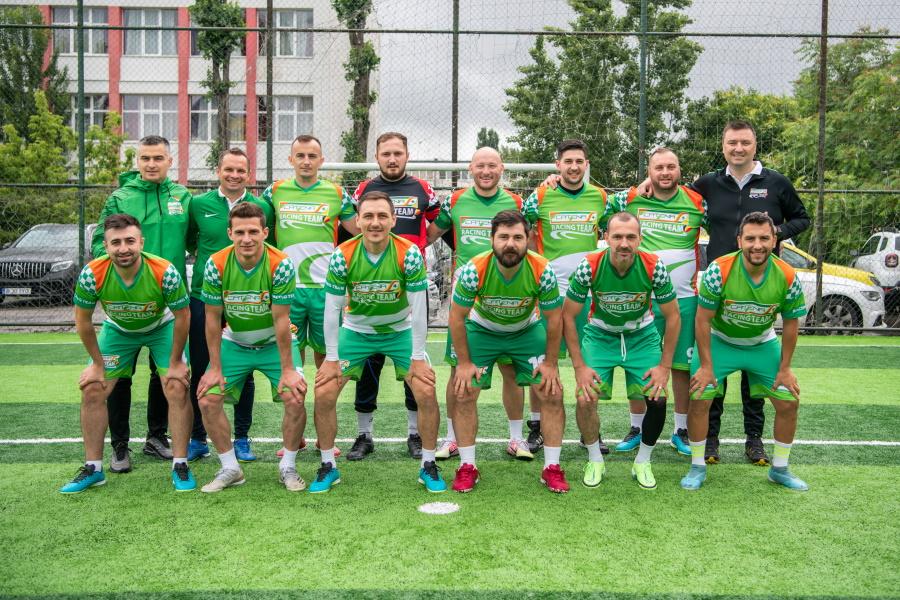 Catena Racing Team, vicecampioana la Corporate Football Cup